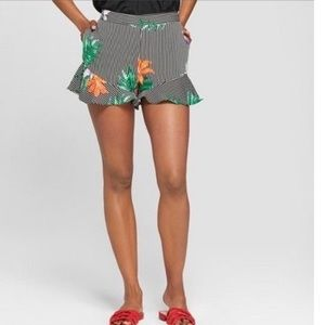 Who What Wear Tropical Stripes Ruffle Shorts NWT